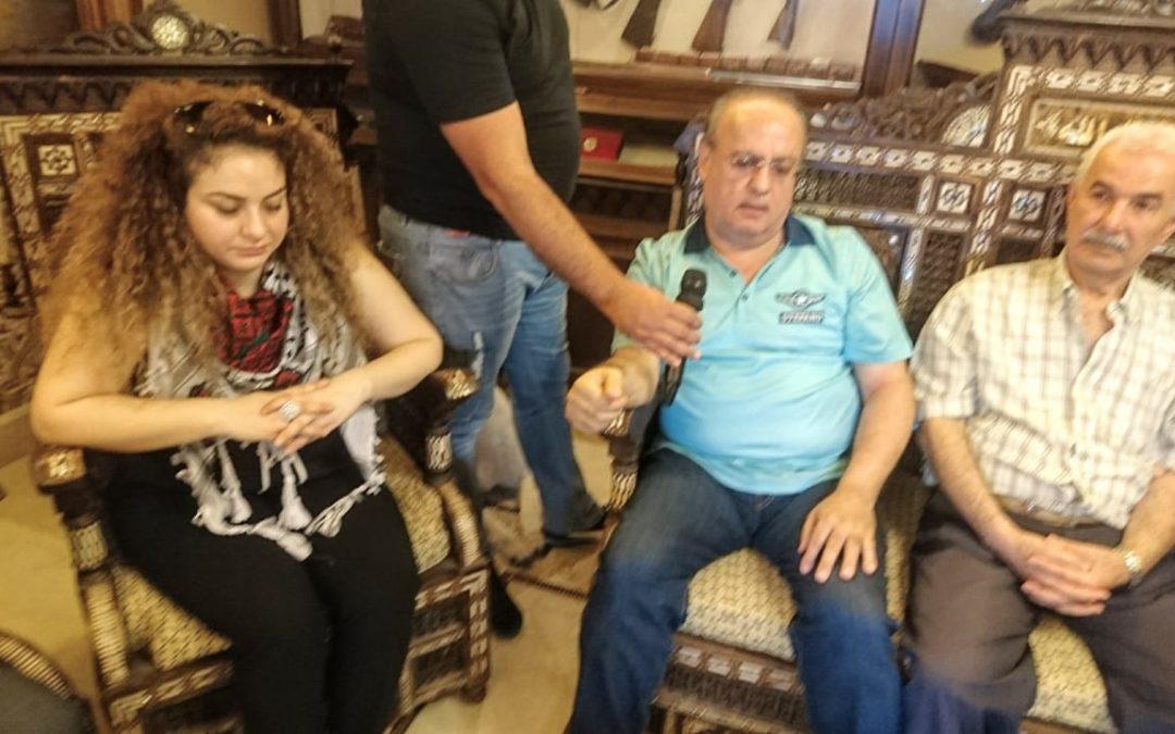 وهاب خلال استقباله وفد من أقرباء جنى أبوذياب