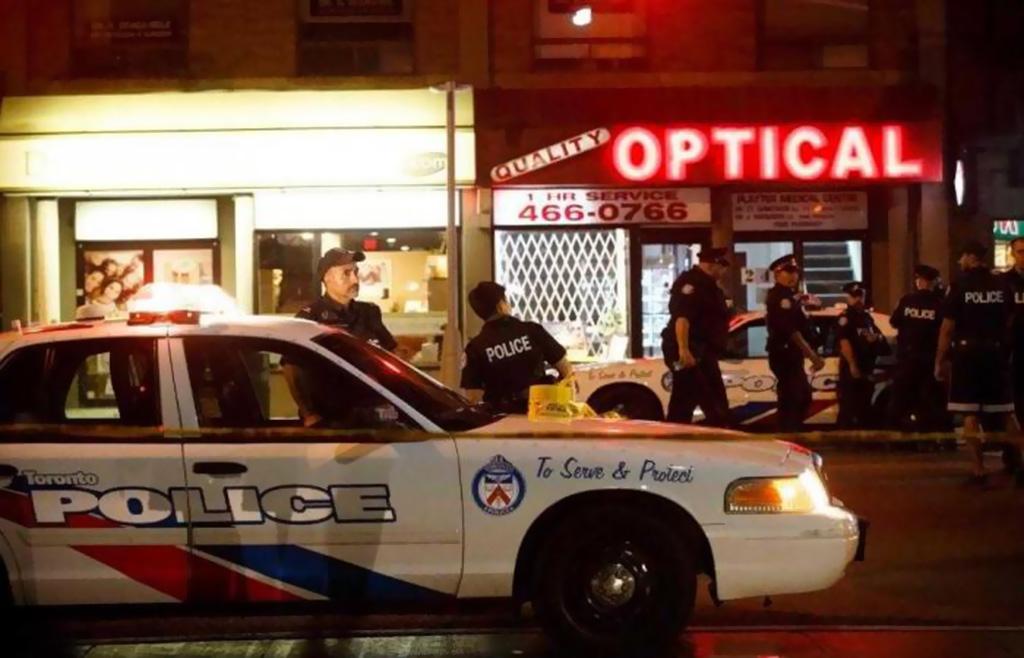 قتيلان و13 جريحا في اطلاق النار في تورونتو