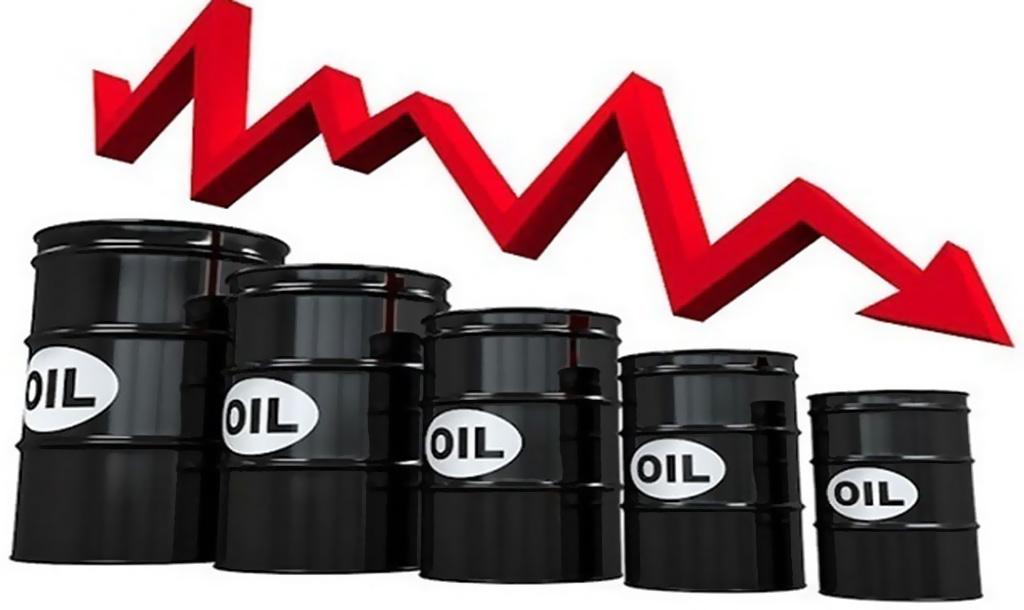 انخفاض أسعار النفط مع تنامي المخاوف من تعثر تعافي طلب الوقود