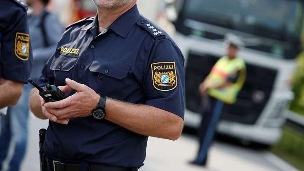 سقوط مصابين فى اقتحام سائق لمقهى بالعاصمة الألمانية برلين