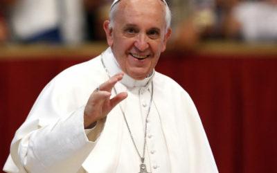 البابا فرنسيس يُطلق تطبيقاً رقمياً للصلاة معه!