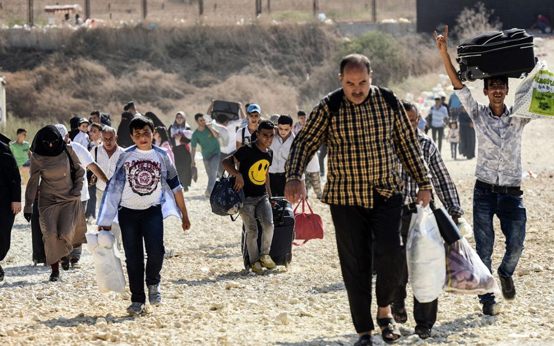 دفعة جديدة من النازحين تستعد للعودة الى سوريا…