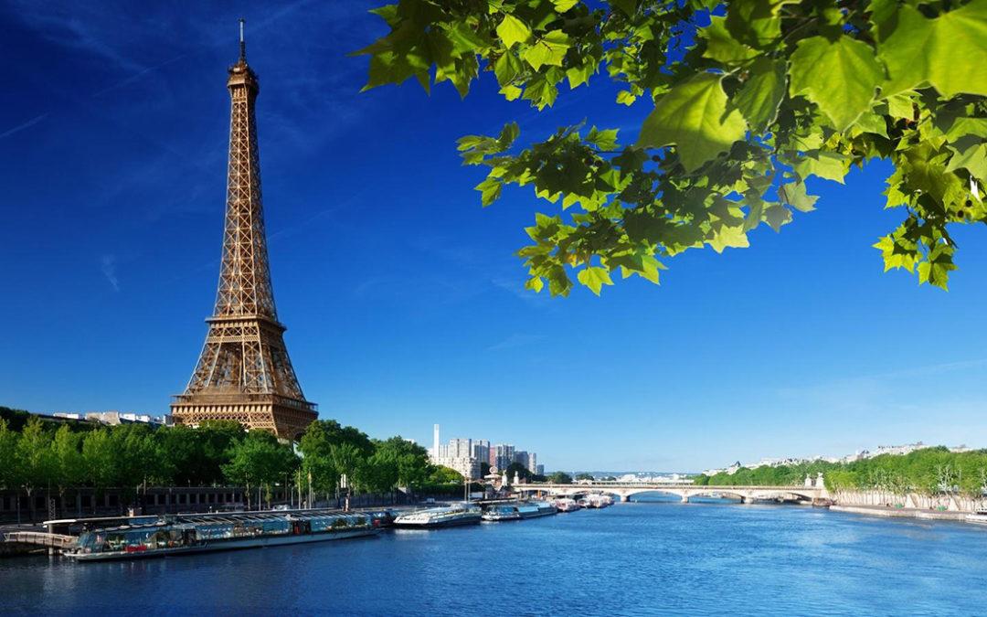 إغلاق برج إيفل في باريس مع إضراب العمال