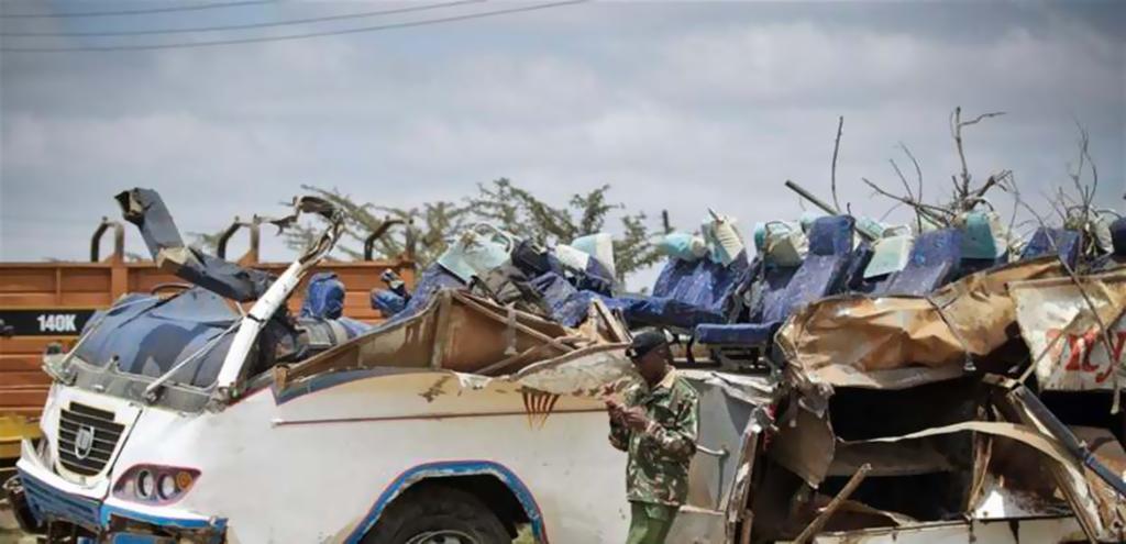 40 قتيلا على الأقل في حادث حافلة غرب كينيا