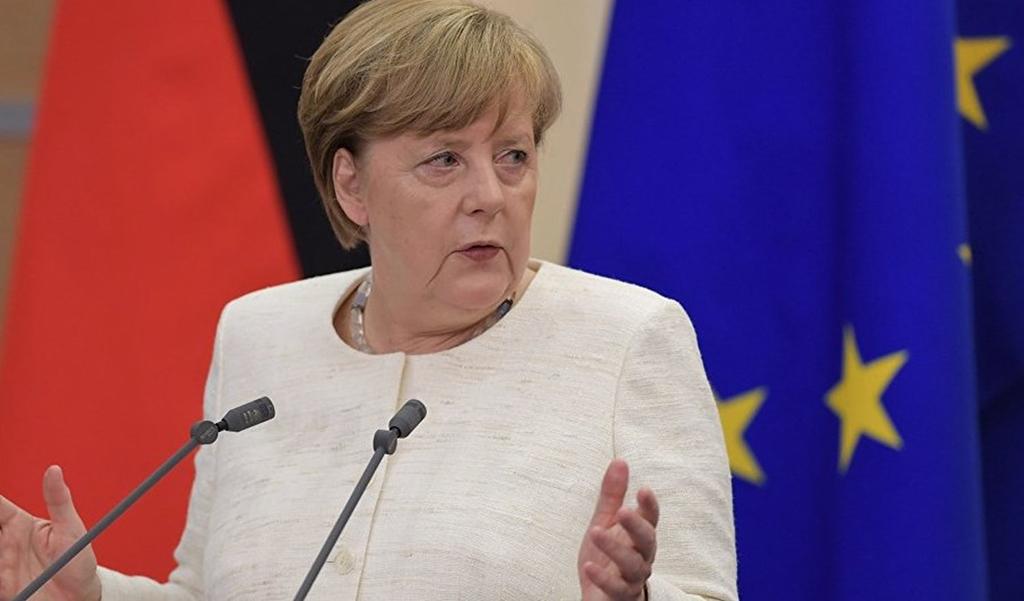 ميركل تغيب عن افتتاح قمة مجموعة العشرين بعد هبوط طائرتها اضطراريا