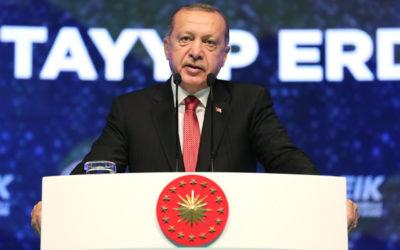 أردوغان: تركيا قد تفتح الأبواب إلى أوروبا أمام المهاجرين ما لم تتلق دعما