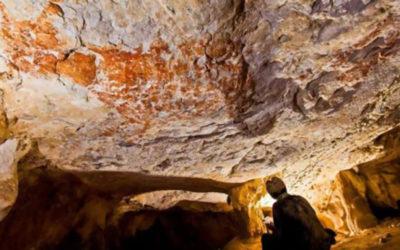 العثور على أقدم لوحة جدارية في العالم
