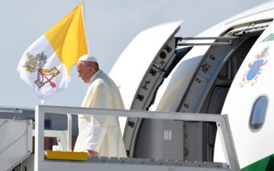 البابا فرانسيس يغادر روما متوجها إلى العراق في زيارة تاريخية