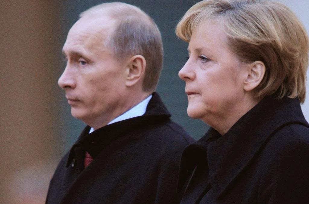بوتين قلق إزاء قرار أوكرانيا فرض قانون الطوارئ