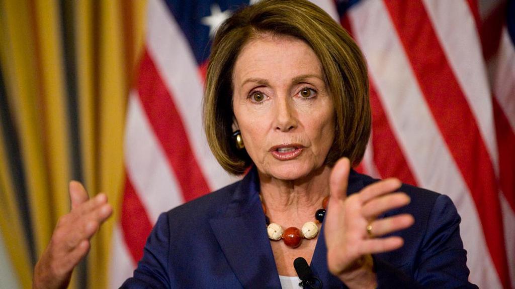 زعيمة الديمقراطيين في مجلس النواب:الولايات المتحدة سئمت الانقسامات
