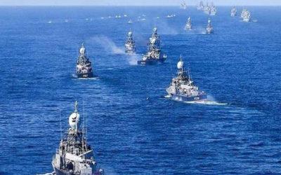 مناورات عسكرية ايرانية في الخليج.. وصواريخ تطلق من غواصات