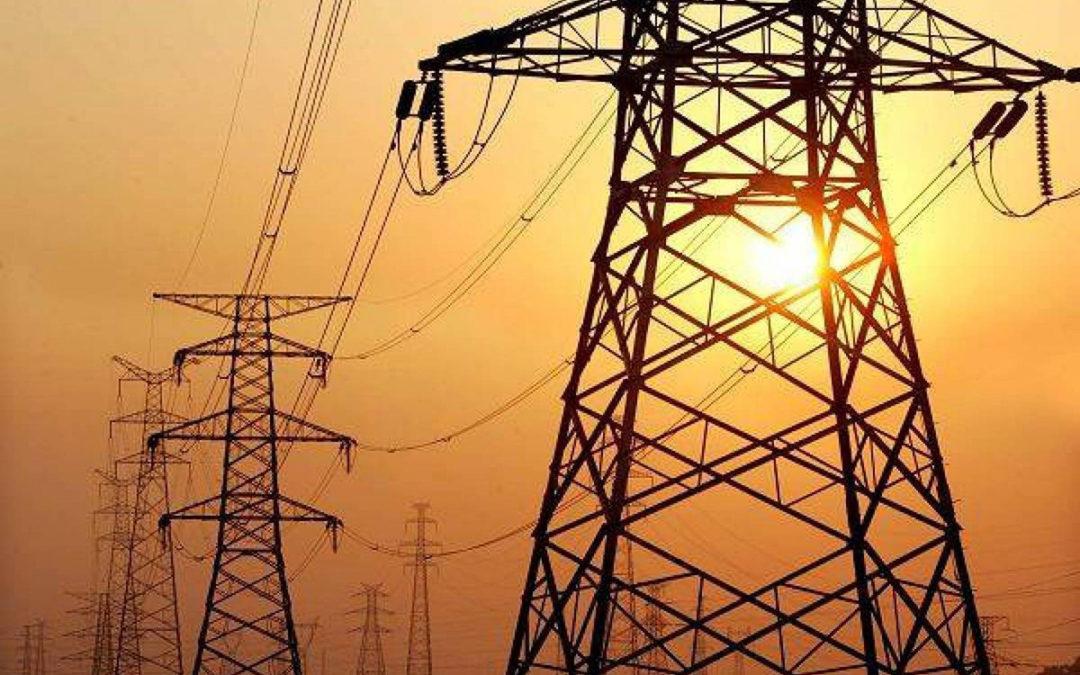 قرى وسط البترون بلا كهرباء بسبب العاصفة والاهالي يناشدون