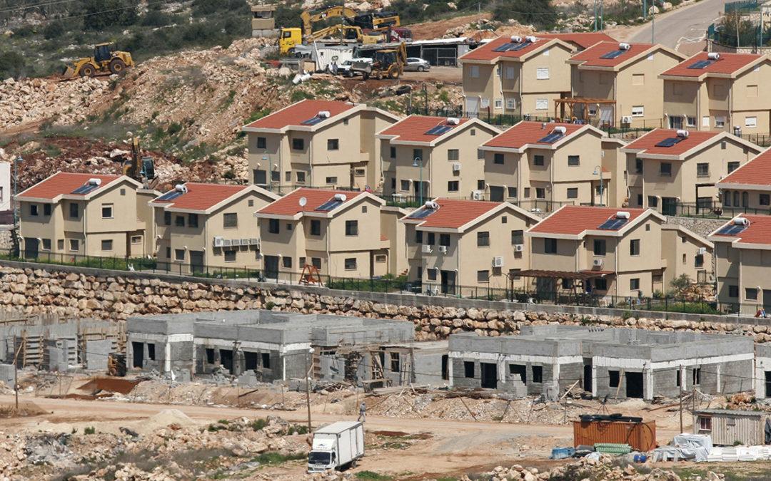 الإحتلال يصدّق على بناء 2304 وحدات استيطانية في الضفة الغربية