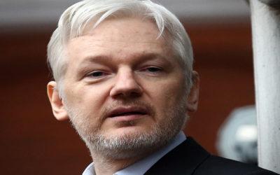 خارجية الإكوادور: لن نرد على شائعات طرد أسانج من سفارتنا في لندن