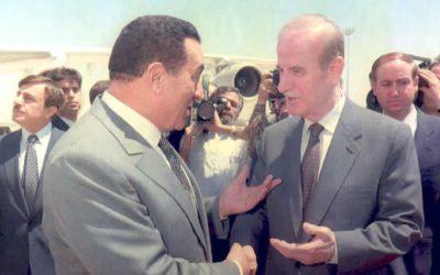 حسني مبارك يكشف للمرة الاولى ماذا طلبت تل أبيب من سوريا وكيف رد حافظ الاسد على الطلب