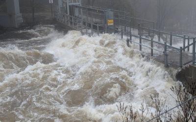 إعلان حالة الطوارئ في مدينة بريسبريدج الكندية بسبب الفيضانات