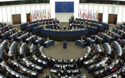 فتح مراكز الاقتراع في بريطانيا وهولندا للانتخابات الأوروبيةلأ