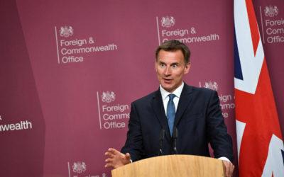بريطانيا: عام يفصل إيران عن إنتاج السلاح النووي لكن النافذة ضيقة لإنقاذ الاتفاق