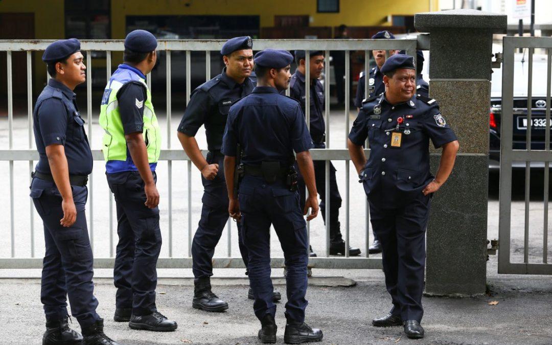 الشرطة الماليزية تعتقل 15 شخصاً بسبب صلات بالدولة الإسلامية