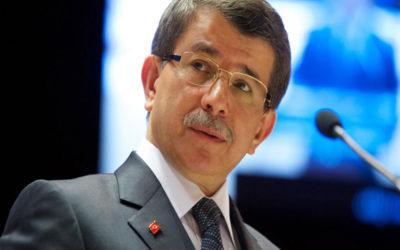داوود أوغلو يستقيل من حزب أردوغان