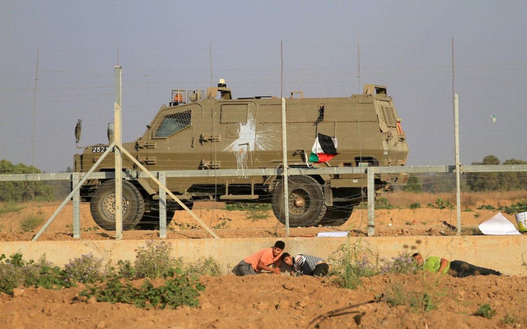 فلسطينيون يخرقون الحدود ويستولون على معدات للجيش الإسرائيلي