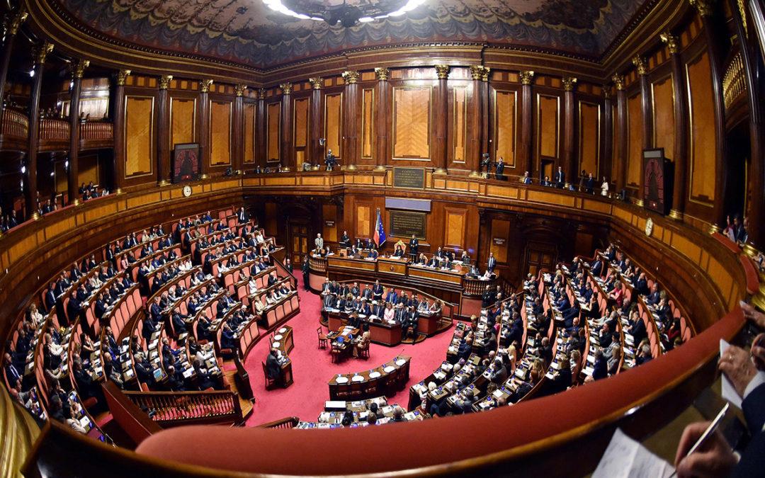 البرلمان الإيطالي يصوت اليوم على تخفيض عدد النواب