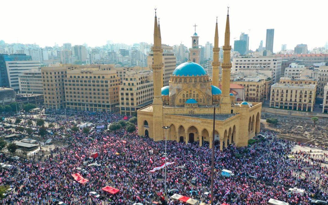 المتظاهرون مستمرون في احتجاجهم حتى تحقيق مطالبهم