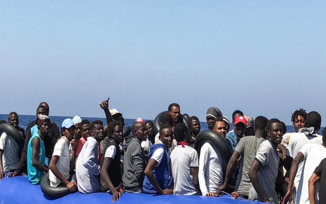 إنقاذ 40 مهاجرا قبالة صفاقس التونسية حاولوا التوجه الى ايطاليا
