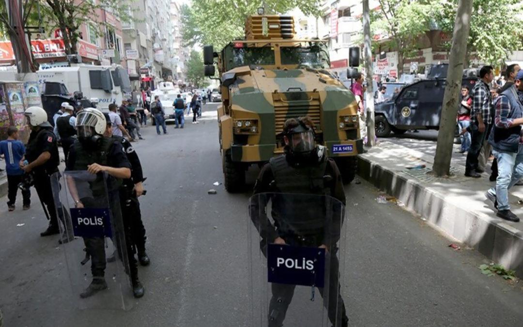 """الأمن التركي يوقف 11 شخصا من """"داعش"""" بينهم خادم خاص للبغدادي"""