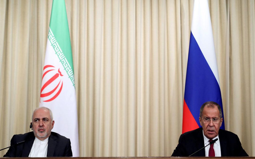 لافروف: الاتفاق النووي الإيراني مهدد بالانهيار