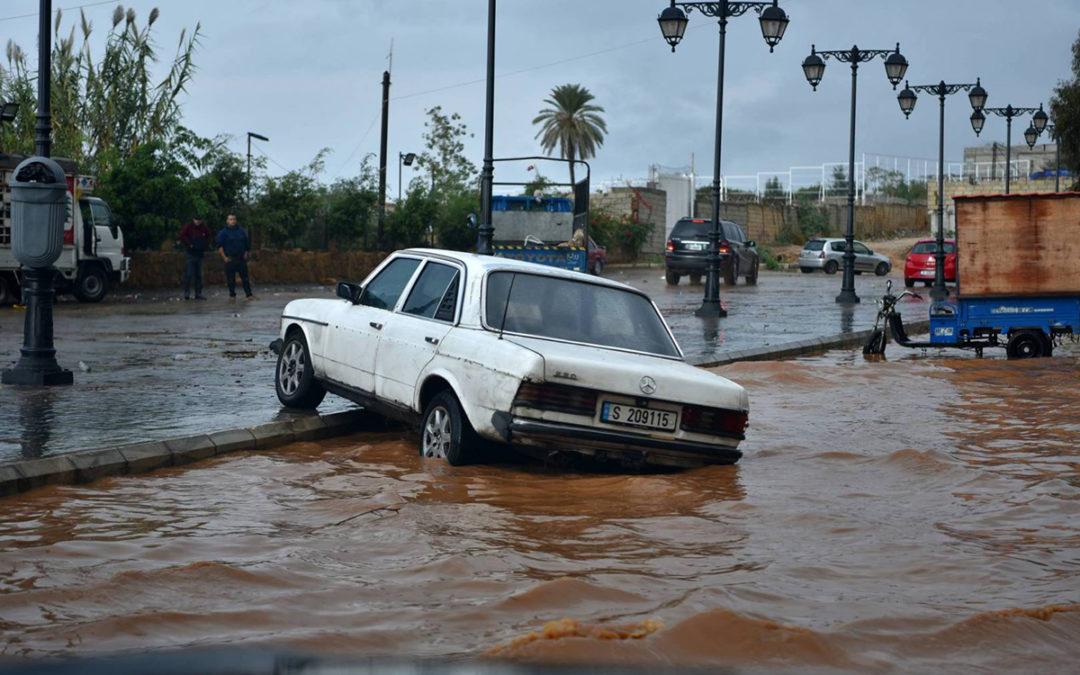 مباشرة التحقيقات في فيضانات خلدة والناعمة