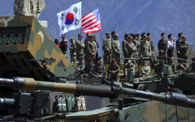 القوات الأمريكية تعيد نشر 4 قواعد عسكرية في كوريا بظل التوتر مع بيونغ يانغ