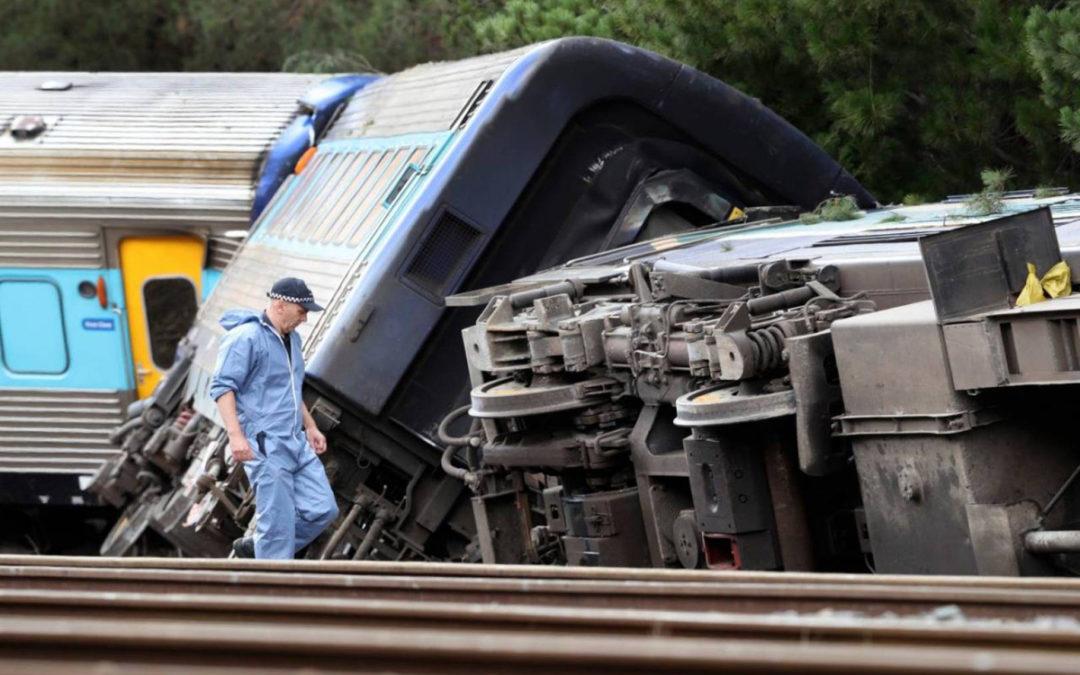 قتيلان و12 مصابا بعد خروج قطار عن مساره في أوستراليا