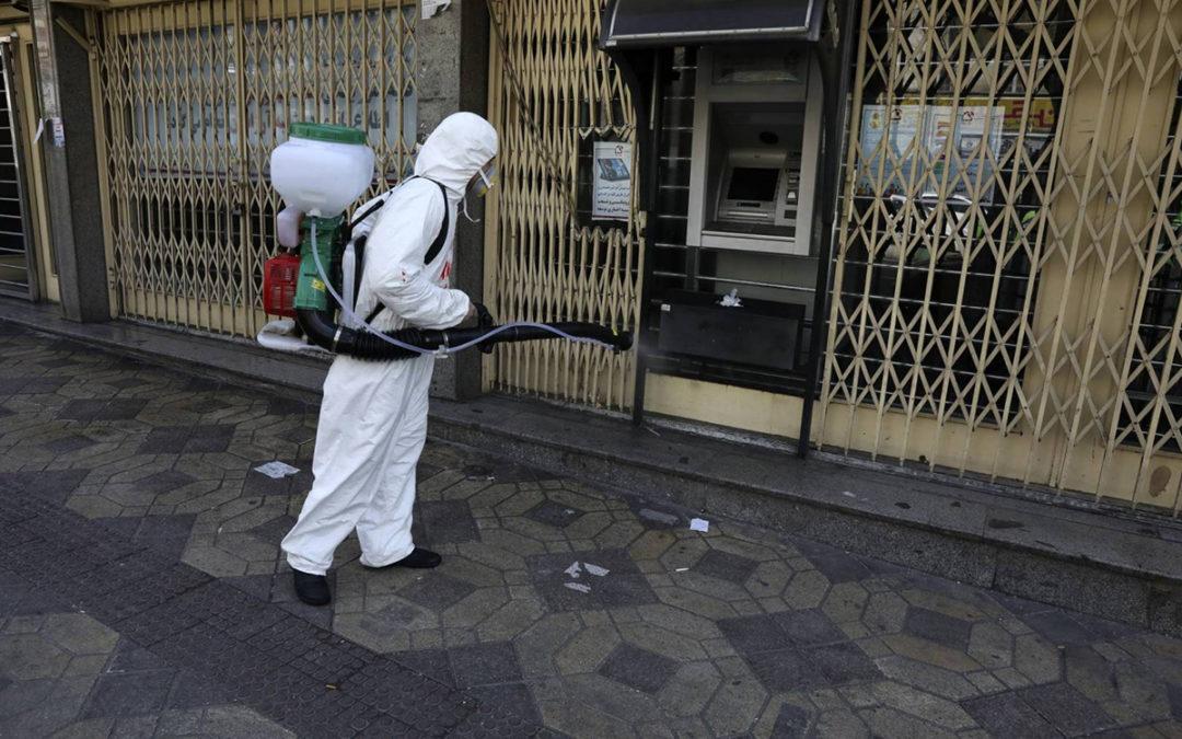 إيران.. معدل الإصابات اليومية بكورونا يواصل ارتفاعه