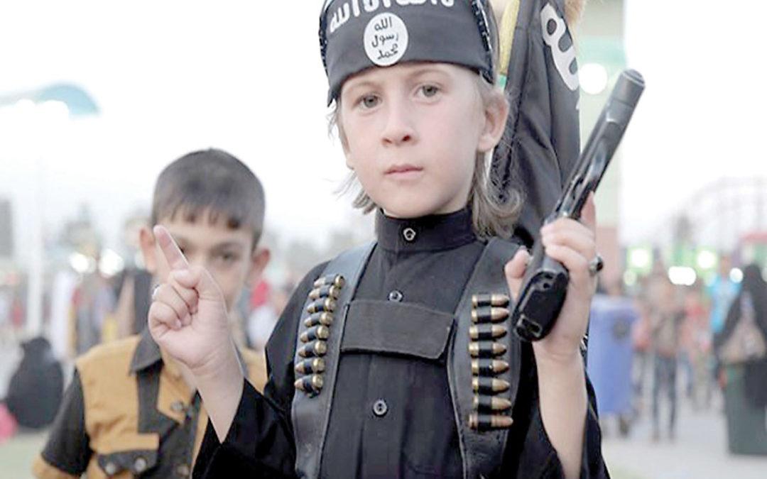 """العراق يرحّل 82 من أطفال عناصر """"داعش"""" إلى أذربيجان"""