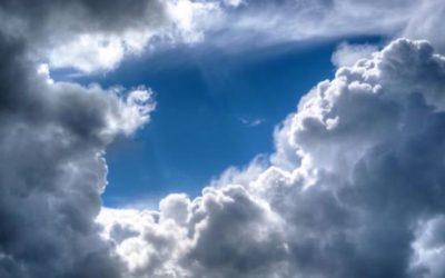 الطقس غدا الثلاثاء غائم مع احتمال امطار متفرقة