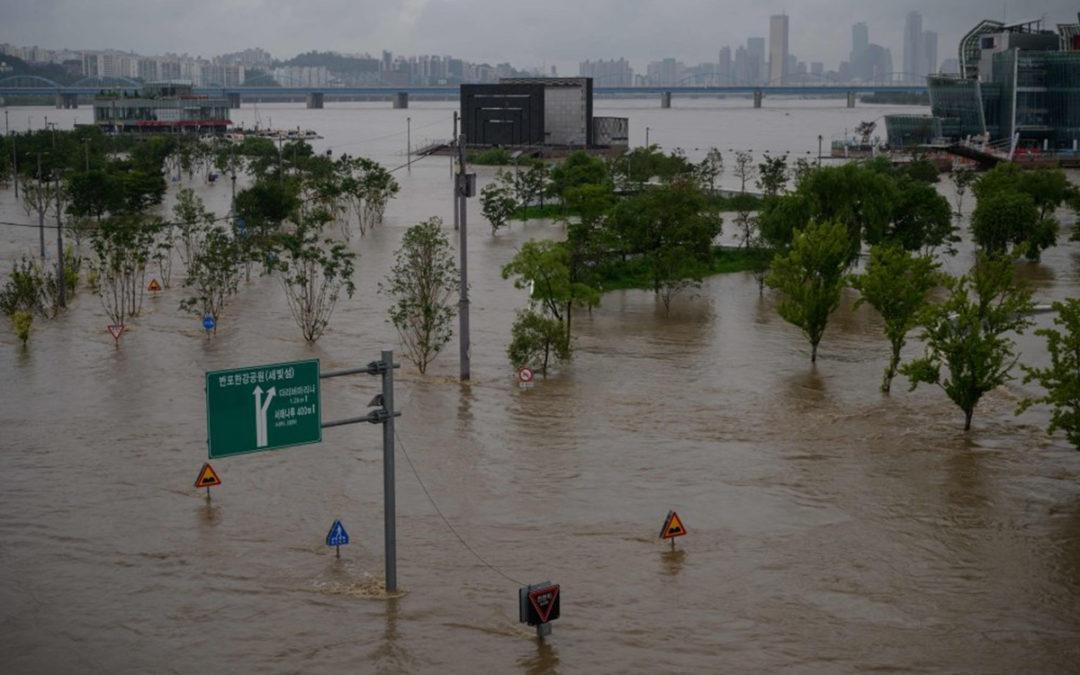 الأمطار الغزيرة في كوريا الجنوبية خلفت 13 قتيلا وأكثر من ألف نازح