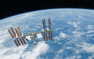 """انطلاق مركبة """"سويوز"""" المأهولة في أقصر رحلة إلى المحطة الفضائية الدولية"""