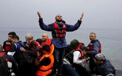 قبرص تعيد 88 مهاجرا سوريا إلى لبنان