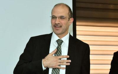 حسن من تركيا: نضع استراتيجية تدخل مباشر لحل أزمة الدواء والمستلزمات