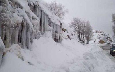 أمطار غزيرة وثلوج حتى صباح يوم غد السبت