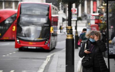 بريطانيا تعلن تخفيف قيود كورونا وفتح المحلات والمطاعم…