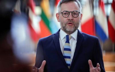 وزير الدولة الألماني للشؤون الأوروبية: أزمة الغواصات تنبيه للاتحاد الأوروبي
