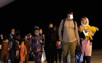 سلطات إسبانيا أعلنت إجلاء 160 أفغانياً إضافياً عبر باكستان